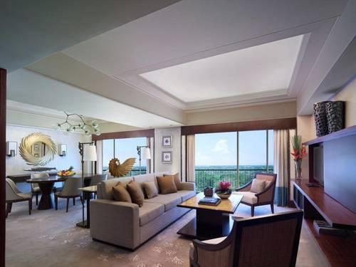 Mactan Shangri-La Suite Living Room
