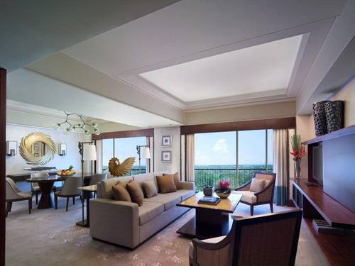 Mactan Shangri-La Suite Living Room