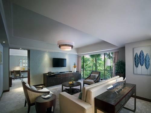 Mactan Shangri-la Veranda Suite Living Room