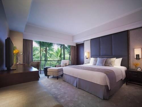 Shangri-la Casa Suite Bedroom