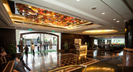 lobby-v6289510-1024