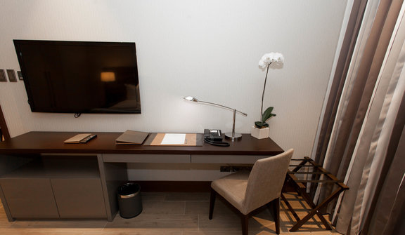 two-bedroom-96-sqm-suite--v12232152-576